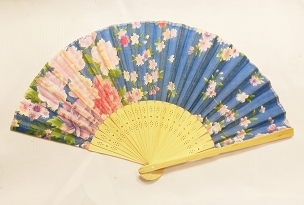 FAN - SILK AND BAMBOO